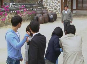 Chun Jung Myung, Seo Woo, Taecyeon, Kim Gab Soo, Moon Geun Young, Kang Sung Jin