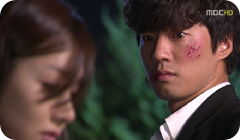 gloria1-in-awe-of-yoon-seo