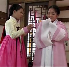 Kim Yoo Jung, Seo Shin Ae